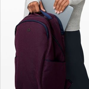 NWT lululemon out of range backpack 20L